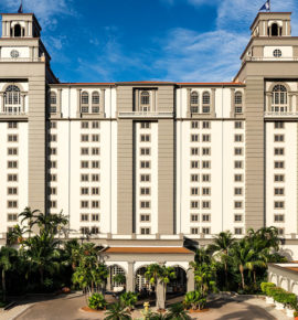 Putting on the Ritz – Naples