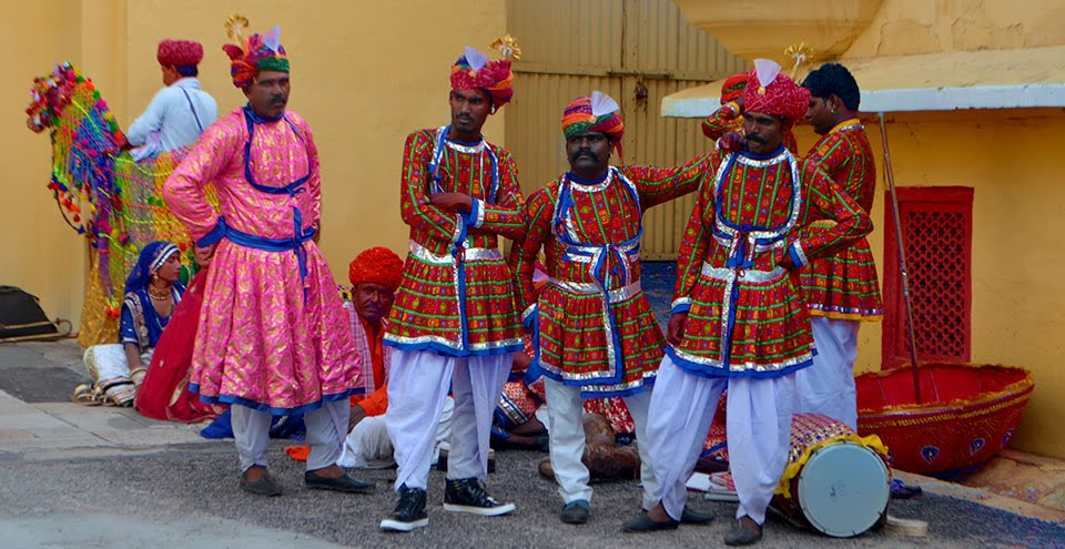Jaipur dancers