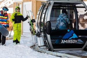 amirsoy ski lodge ski lift
