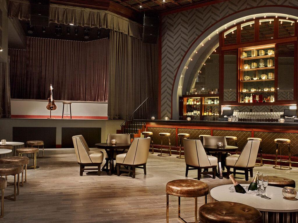 Fairmont El San Juan Hotel Chico Cabaret